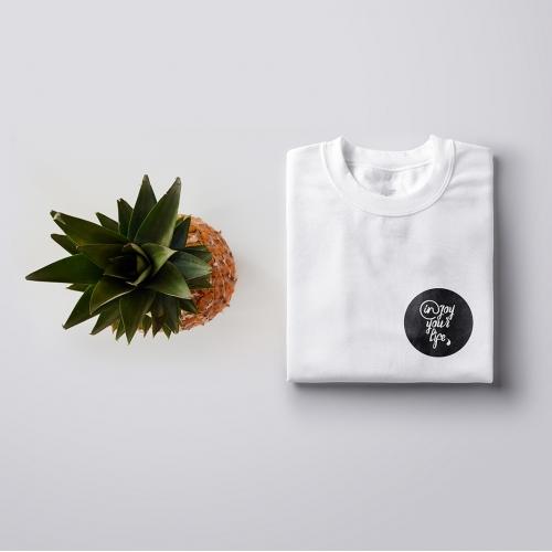 Clean and elegant T-shirt design