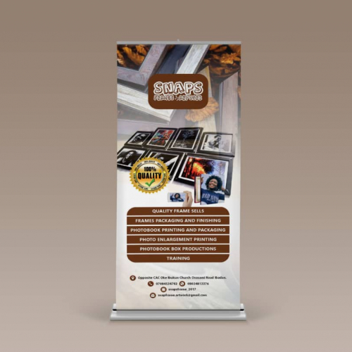 SnapsFrame Roll-up Banner