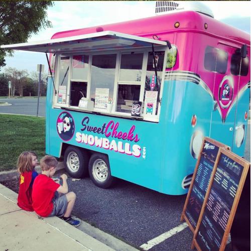 Ice Snowball Food Truck